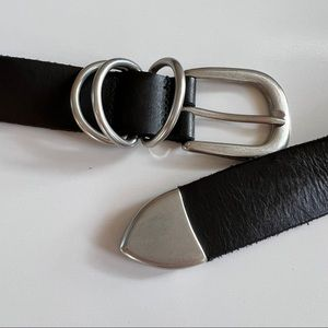 Urban Outfitters 100% Cow leather Black Belt with Silver Tone Buckle size M